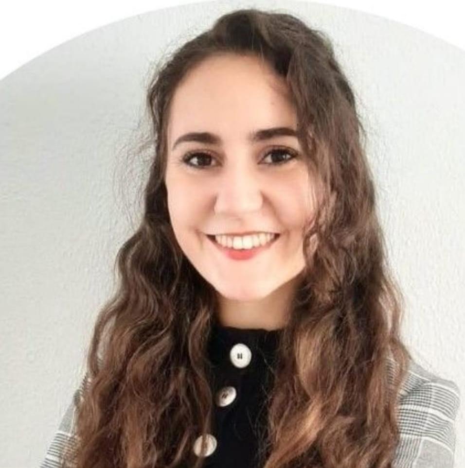 Lorena Juárez Santacruz